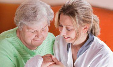 Cómo detectar un déficit en la higiene personal de las personas mayores