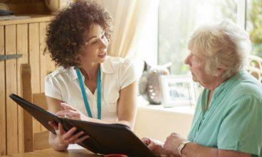 Trabajando el lenguaje en el domicilio con personas mayores