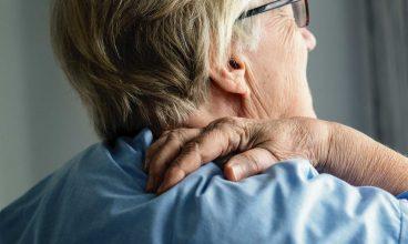 Cuidados básicos de la persona mayor: El dolor