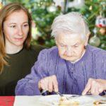 Recomendaciones para una correcta alimentación de las personas mayores en Navidad