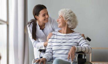 Técnicas para mejorar la comunicación con las personas mayores dependientes