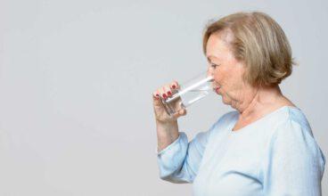 Decálogo de la hidratación saludable en personas mayores