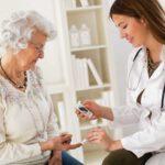 ¿Cómo se trata la Diabetes en personas mayores?
